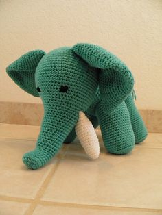 Ravelry: Crochet in the round -  Elephant pattern by Vanessa Mooncie
