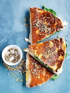 The classic spinach and cheese gozleme with a bit of twist is perfect for a quick fix on a busy weeknight. Quiches, Tapas, Vegetarian Recipes, Cooking Recipes, Spinach Ricotta, Good Food, Yummy Food, Fabulous Foods, Food Inspiration
