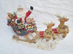 Beautiful Christmas Santa and Sled Music box от Gem2thei на Etsy