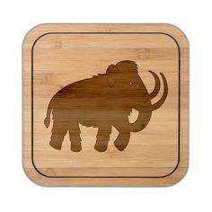 Untersetzer quadratisch Mammut aus Bambus  Coffee - Das Original von Mr. & Mrs. Panda.  Diese quadratischen Untersetzer mit abgerundeten Kanten sind ein besonderes Highlight auf jedem Esstisch. Jeder Gläser Untersetzer wurde mit viel Liebe handgefertigt und alle unsere Motive sind mit besonders viel Hingabe von unserer Designerin gestaltet worden. Im Set sind jeweils 4 Untersetzer enthalten.     Über unser Motiv Mammut  Die ältesten Mammutfunde sind 4,5 Millionen Jahre alt. In der Steinzeit…