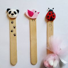 Art N Craft, Craft Stick Crafts, Clay Crafts, Cool Bookmarks, Panda Party, Diy Crafts Hacks, Cute Polymer Clay, Lollipop Sticks, Clay Design