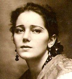 Raquel Meller was a Spanish diseuse, cuplé, and tonadilla singer.