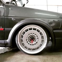 Our best wheels award at MIVW in Holland today went to these amazing one-off Zender Turbo split rims. Not only had they been upsized but also converted to centre lock  Incredible engineering by MAQ Racing and Mario Verswyvel. Full feature coming soon exclusively to @pvw_mag - #wheelwhores #usc #uscprep #santapod #ultimatestreetcar #mivw #mivwprep #carshow #carswithoutlimits #instacars #instawheels #stance #scene #f1 #dtm #btcc #pvw #mk2golf #zender #turbo #upsized #centrelock