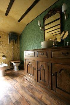medieval-restroom-f6.jpg (427×640)