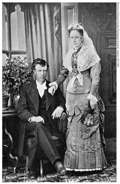 Historic Montana Wedding Portrait | Real Vintage Montana Wedding Inspiration at www.glacierparkweddingresort.com