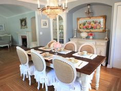 Agh! Those chairs! That two toned farm table!!!! French country dining room perfection!
