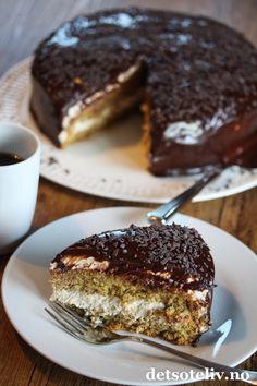 Mokkakake | Det søte liv Mocha Cake, Mocca, Cookie Desserts, No Bake Cake, Tart, Nom Nom, Food And Drink, Sweets, Meals