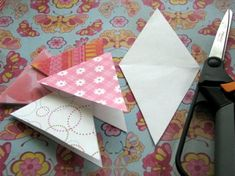 Super easy way to make banners/garland using scrapbooking paper and string. There's a template that can easily resized and printed out, which is awesome.  :)  It's the main reason I'm pinning this one.