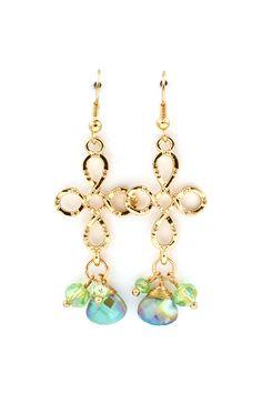 Infinity Earrings in Mint Vitrail