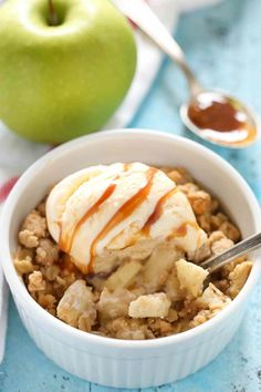 This Apple Crisp for Two is incredibly easy to make and a perfect small batch dessert for fall or any time a craving strikes! Apple Crisp With Oatmeal, Baked Apple Oatmeal, Apple Crisp Easy, Apple Crisp Recipes, Baked Apples, Healthy Apple Desserts, Small Desserts, Fruit Recipes, Sweet Recipes