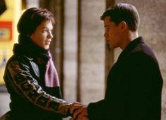 Still of Matt Damon and Franka Potente in The Bourne Identity