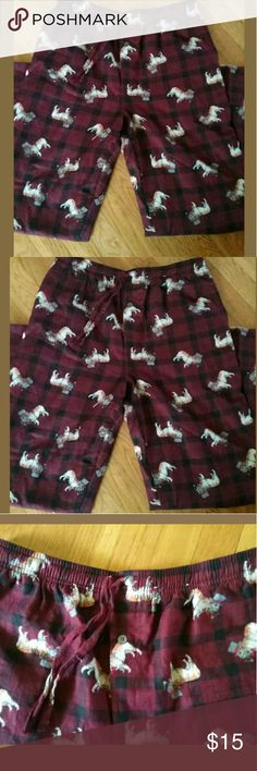 PAJAMA BOTTOMS MENS SLEEP LOUNGE PANTS MEDIUM PAJAMA BOTTOMS MENS SLEEP LOUNGE PANTS MEDIUM FLEECE BULLDOGS PJ M  These sleep pants are fleece with bulldog Size medium Regular Drawstring Elastic waist  No holes  PAJAMA BOTTOMS MENS SLEEP LOUNGE PANTS MEDIUM FLEECE BULLDOGS PJ M Other
