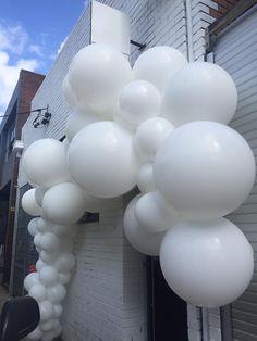 Belle+Balloons+3.jpg (720×960)