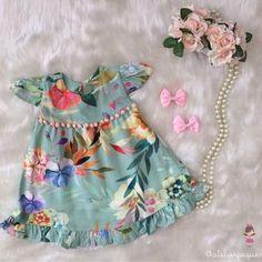 """1,143 curtidas, 55 comentários -  Pequena Flor  (@atelierpequenaflor) no Instagram: """"E hoje nossas pequenas flores encantam nosso jardim com essa lindeza de vestido!!! Alegre e cores…"""""""