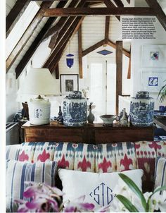 Ikat/chinese blue and white, interesting mix, that really works