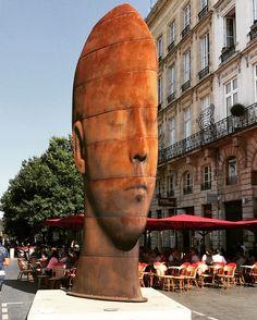Création de Jaume Plensa statue Sanna à Bordeaux
