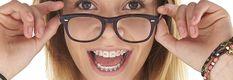 Feste Zahnspange: Hightech für schnelle Erfolge. Cat Eye, Glasses, Fashion, Teeth Retainer, Dentistry, Interesting Facts, Eyewear, Moda, Eyeglasses