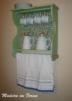 Restauração e reciclagem de móveis.: Armarinho de gaveta - Floral