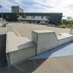 Vi har leveret betonelementerne til legepladsen på Grønmose Skole. Elementerne fungerer som skaterplinte. Aarhus, Home Fashion, Mansions, House Styles, Home Decor, Decoration Home, Manor Houses, Room Decor, Villas