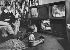 """A """"Three-Eyed TV Monster"""" created by Ulises Sanabria which permits simultaneous two- and three-screen viewing, 1961."""