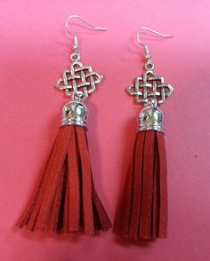 Aretes nudo infinito  Chinese knot earrings