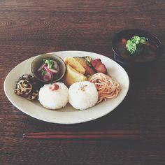 オーバル皿M / Oval Plate(M) - Awabi ware | Iconosquare – Instagram webviewer