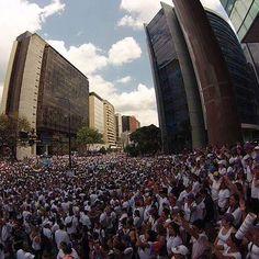 IMPRESIONANTE #30MVenezuelaHora0 Cuando un pueblo se moviliza contra la Dictadura