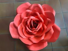 Rosa grande 22 hecha en cartulina - YouTube