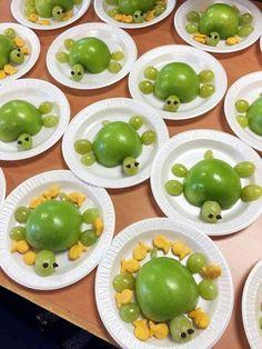 Healthy Sea Turtle Snacks for Kids – 🌿 T. Healthy Sea Turtle Snacks for Kids Hello everyone, Today, we have shown 🌿 T. Healthy Sea Turtle Snacks for Kids – Crafty Recipes Cute Snacks, Fun Snacks For Kids, Cute Food, Good Food, Fruit Snacks, Lunch Snacks, Apple Snacks, Kids Healthy Snacks, Fun Fruit