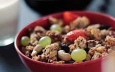 Muesli Recipe:Starting a day with a bowl of muesli is healthy but worried about its sugar content and preservatives?You can make healthy muesli in you home Healthy Recipes, Healthy Snacks, Vegetarian Recipes, Healthy Soup, Eat Healthy, Soup Recipes, Healthy Tips, Healthy Choices, High Protein Breakfast