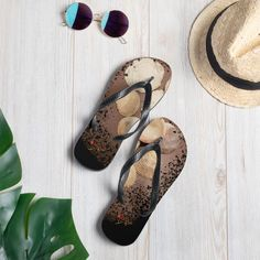 Flip Flops, Sandals, Shoes, Collection, Fashion, Accessories, Fashion Styles, Seashells, Keep Running