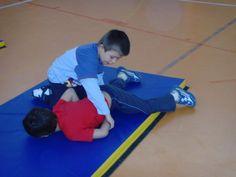 jeux d'opposition - suite - Le blog de delphine Judo, Delphine, Blog, Physical Education Activities, Gym, Blogging