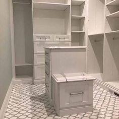 White Thassos & Carrara Marble Arabesque Marrakech Waterjet Mosaic #luxurybathrooms
