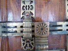 Kerala - church door lock