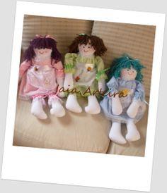 Bonecas de pano. Doadas para uma ação das Bonequeiras sem Fronteiras - grupo do Facebook