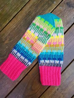 Emilia Jensen – Dela dina vantar! Mittens Pattern, Knit Mittens, Mitten Gloves, Fair Isle Knitting Patterns, Lappland, Making Ideas, Knit Crochet, My Design, Crafty