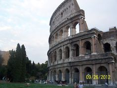 Beautiful Rome--even more beautiful in person.- il Colosseo, magnifico!!!!