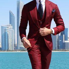 Snazzy Men Style Follow us: @snazzy_men www.snazzymen.com #menslook #ootd #blackbowtie #mensfashion #menswear #bowties #tomfordbowtie #dapper #mensaccessories #sartorial #lookbook #lapelpin #bracelet #pinstagram #pingamestrong #topman #polkadot #pocketsquare #menstyle #mens #zaramen #weddingbowtie #groomsmen #velvetbowtie #gentlemen #instafashion #groominspiration #bowtie #weddingtuxedo #snazzymen