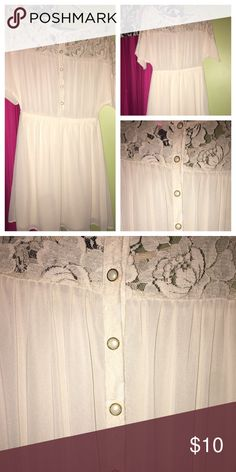 cute dress with pearl buttons!! cream colored Forever 21 dress!! with gorgeous pearl buttons in the back. never been worn, willing to negotiate prices!! Dresses