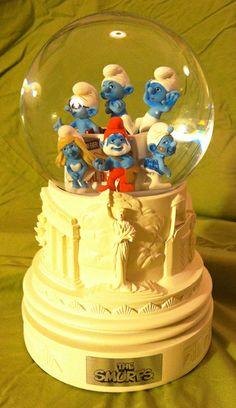 the smurfs snow globes | The Smurfs (Movie) Limited Edition Snow Globe! MIB! Rare! Cast & Crew ...