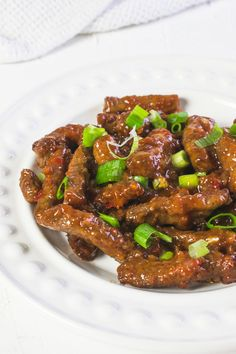 Chinese Crispy Chilli Beef made easy in the Actifry Air Cooker. This is one of my favourite meals to cook in the Actifry - the sauce is super sticky. Chilli Beef Recipe, Crispy Chilli Beef, Chinese Fakeaway, Meat Recipes, Healthy Recipes, Chili Recipes, Actifry Recipes, Bbq, Healthy Juices