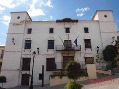 Fachada del Ayuntamiento de Montefrío