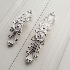 """3.75"""" 5""""Shabby Chic Dresser Drawer Pulls Handles White Silver / French Country Kitchen Cabinet Handle Pull Antique Furniture Hardware by Anglehome on Etsy"""