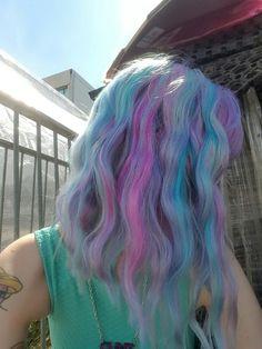Pretty Pastel Mix hair color wavy