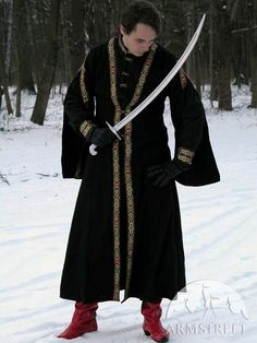 Eastern Europe Garb: Cotton Tunic and Woolen Coat