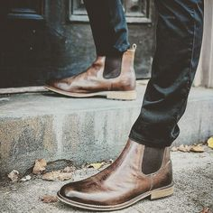 Chelsea boots  #oxfordshoes #shoes #gq #paulparkman #shoeshop #shoesoftheday #sholesale #shoesmen #shoesforsale #oxfordshoe #mensshoes #mensstyle #mensfashion #classyshoes #shoesmen #shoesbrand #shoesstyle #monkstrap #monkstraps #monkstrapshoes #loafers #loafershoes #bespoke #bespokemakers #elegantshoes #classicfootwear #classicshoes