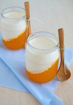 Passion fruit jelly panna cotta / Panna cotta com gelatina de maracujá    Recipe on my blog   Receita em português aqui
