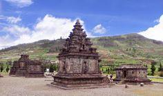 Komplek Candi Dieng East Indies, Archipelago, Study Abroad, Statue Of Liberty, Asia, Ocean, Australia, Travel, Beautiful