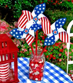 Just might make these for the kids this 4th of July.