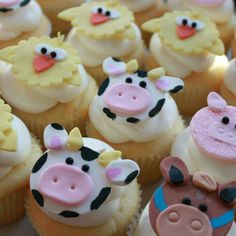 farm animal cupcakes perfect for toddler birthdays